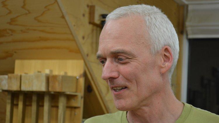 Docent meubelmaken Ronald Bruijn