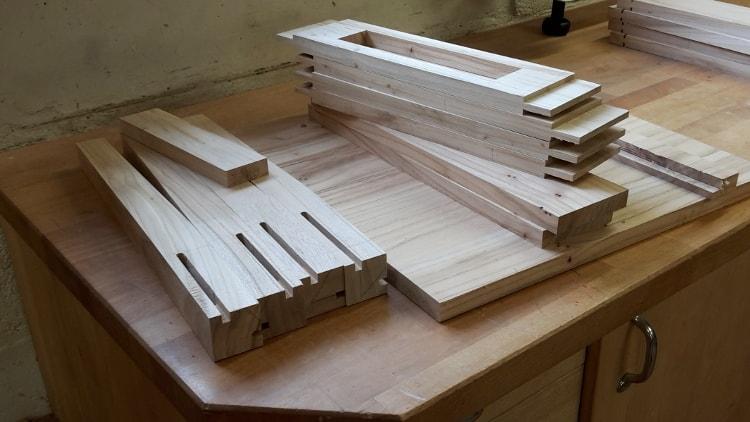 Onderdelen tafeltje