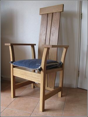 Stoel geïnspireerd op een stoel van Stefan During
